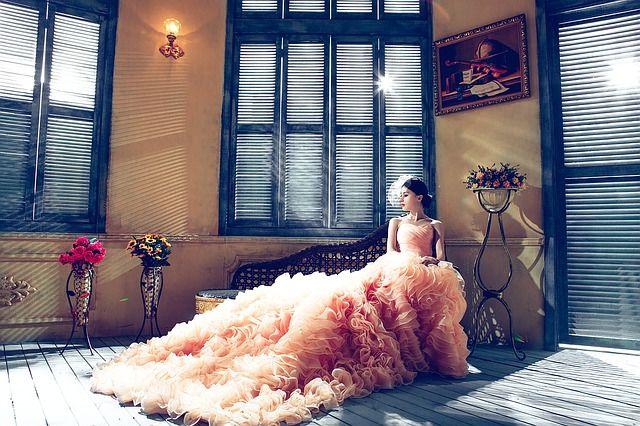 Поиск идеального платья может занять много времени.