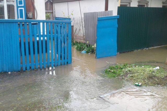 Власти Ставрополья обсудили меры финансовой поддержки пострадавших отпаводка