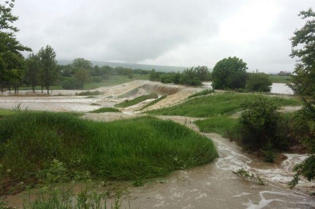 ВСтавропольском крае паводки нанесли вред посевам на75 млн руб.