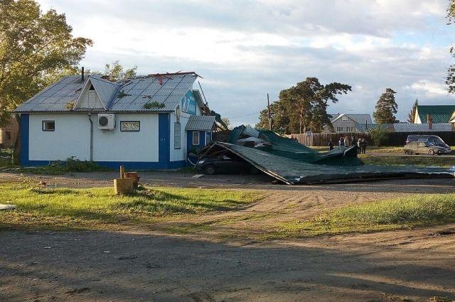 Синоптики предупреждают жителей региона о сильных порывах ветра и чрезвычайной пожарной опасности.