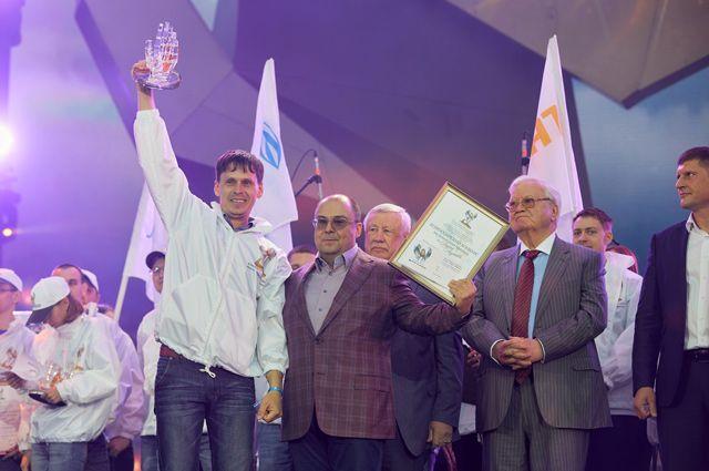 Дмитрий Борисов из «Краснодаргазстроя» одержал убедительную «домашнюю победу». Стены действительно помогли молодому профи - не зря на этот раз конкурс проходил в столице Кубани.