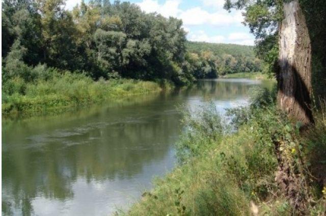В Бузулукском районе в реке найдено тело 59-летнего мужчины