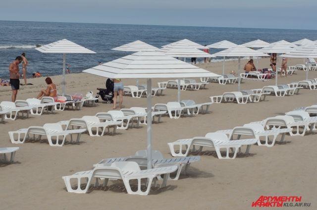 Парковку у пляжа с «Голубым флагом» в Янтарном расширят в два раза.