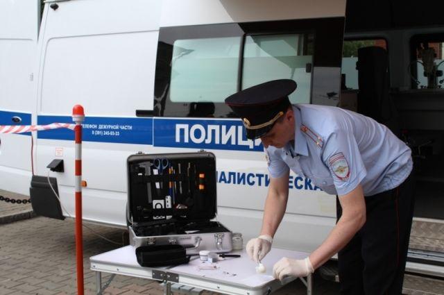 Эксперты смогут в любую погоду и время суток проводить свои исследования прямо на месте преступления.