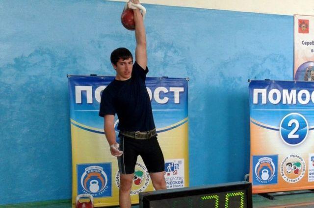 Дагестанец Рамазан Гусейнов победил начемпионате Европы погиревому спорту