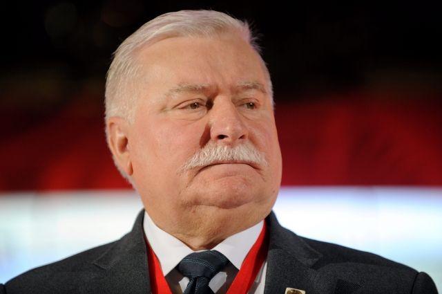 Экс-главу Польши Валенсу подозревают враспространении секретных документов