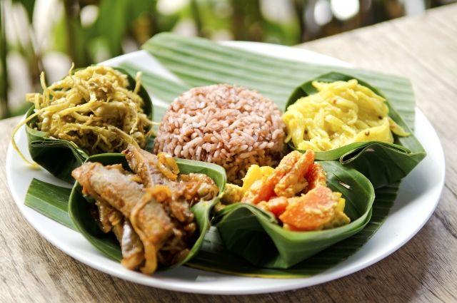 Жареный рис и соус карри. Готовим настоящий индонезийский обед - Real estate