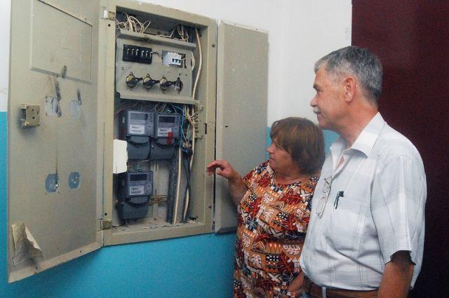 Энергетики Калининграда объяснили, кому нужно менять счетчики.