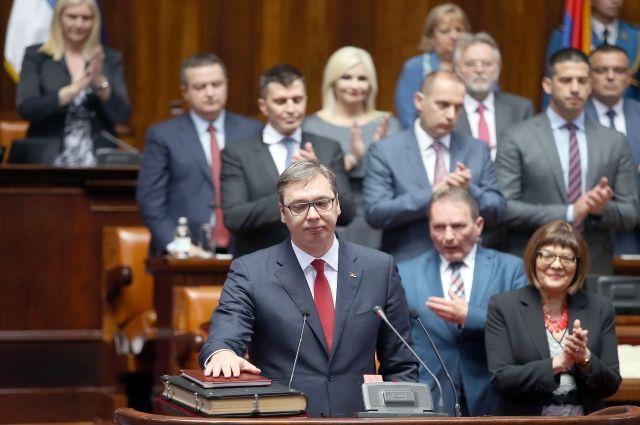 Избранный президент Сербии Александр Вучич вступил в должность