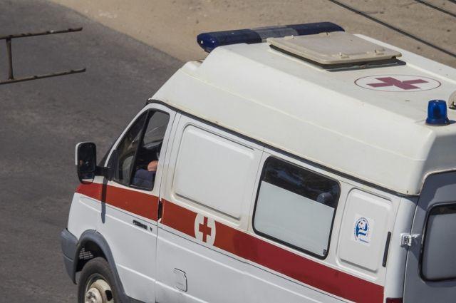 Наюжном подъезде кРостову перевернулся ВАЗ: пострадали два человека