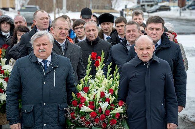 Новоуренгойцы почтили память одного из основателей города - Сабита Оруджева.