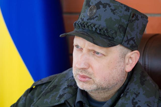 Бойцы добровольческих батальонов вторглись вКиевсовет— видео потасовки