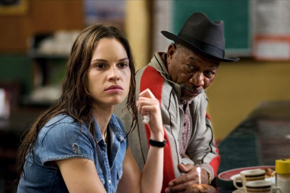 В 2005 году актёр получил свою четвертую номинацию и первый «Оскар» как лучший актёр второго плана за фильм «Малышка на миллион» (2004).