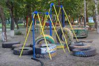 Детские площадки обустроят в 124 дворах.