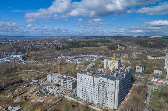 Новостройки по улице Баранчинская.