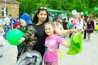 На праздник в парке многие пришли семьями