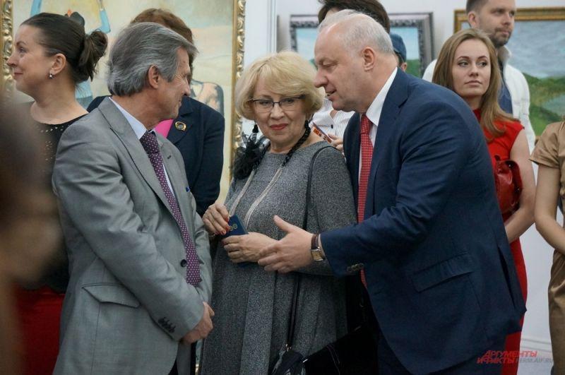 Открытие салона посетил депутат Госдумы Игорь Шубин.