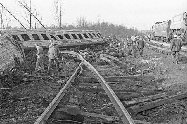 1710-й километр Транссибирской магистрали после катастрофы, 1989 год.