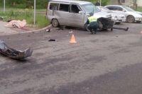 По предварительной версии, виновником аварии стал водитель Peugeot.