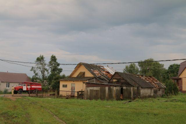 Два муниципалитета наСреднем Урале из-за грозы остались без света