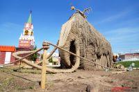 """Скульптуры из природных материалов полюбились пермякам со времён фестиваля """"Белые ночи""""."""