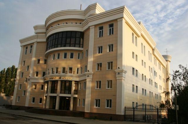 Скандально известнаяУК Ленинского района Воронежа подозревается вподделке документов