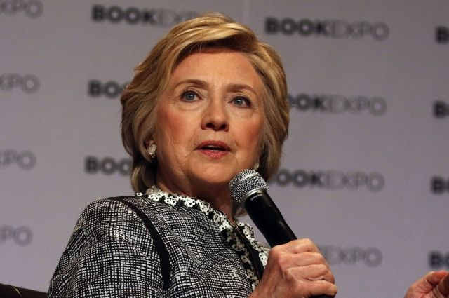 В съезде начали расследование вотношении Клинтон