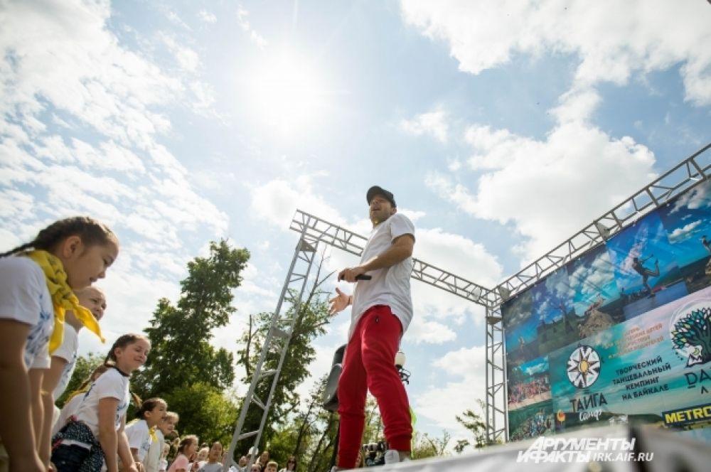 Владимир провел два больших мастер-класса для юных танцоров