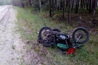 В Упоровском районе мотоциклист без прав разбился насмерть, улетев в кювет