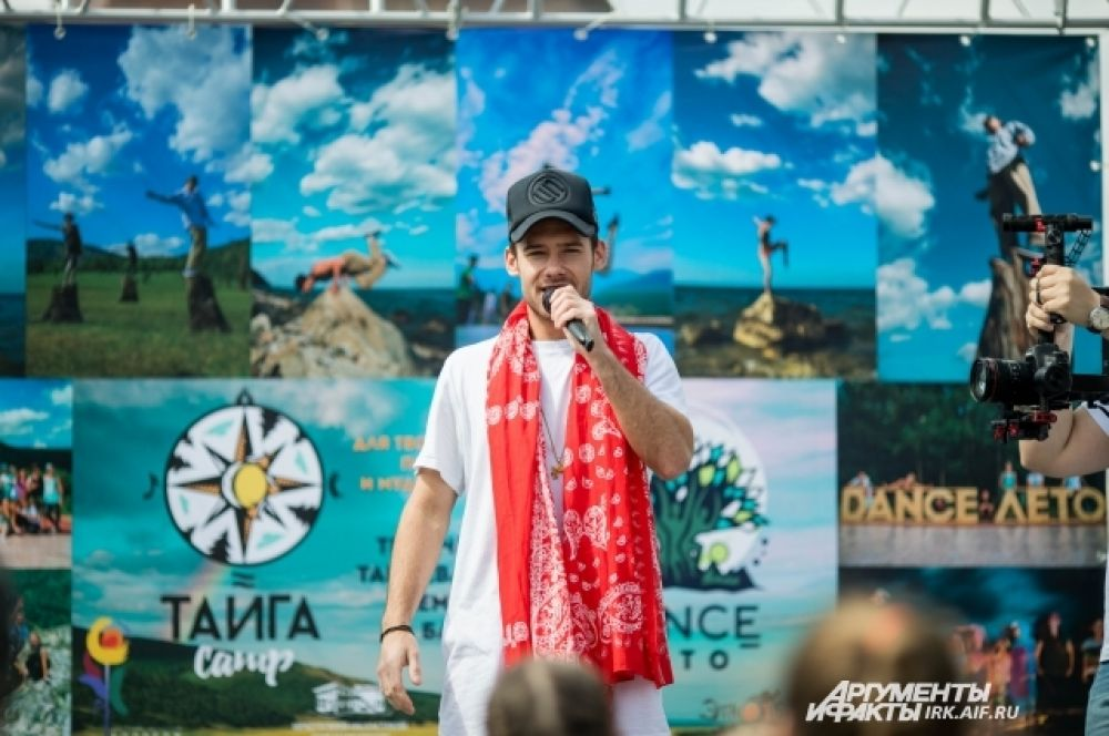 Гость из Москвы - известный хореограф Владимр Алешин.