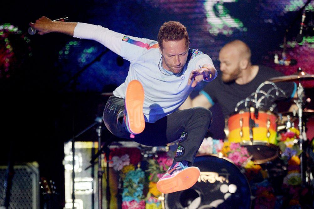 Крис Мартин, солист группы Coldplay.