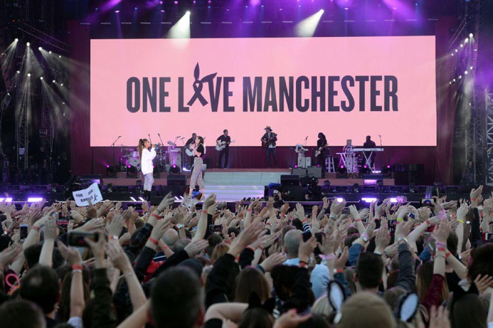 Благотворительный концерт в поддержку жертв теракта в Манчестере.