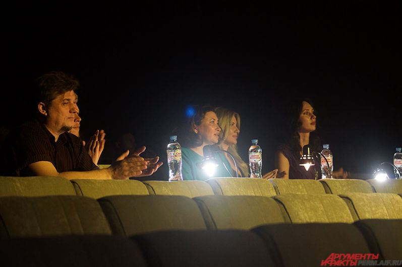 В состав жюри вошли представители модного мира Перми, а также чиновники и общественные деятели.
