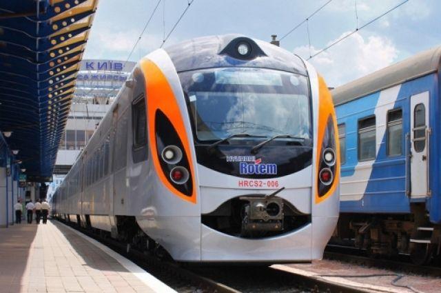 «Укрзализныця» планирует запустить очередной поезд вПеремышль поновому маршруту