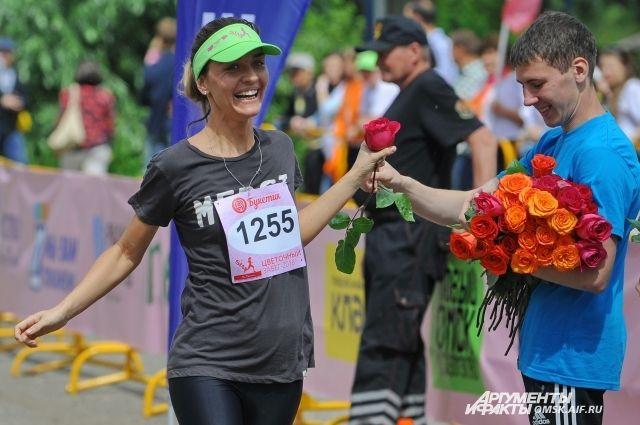 Организаторы предлагают участницам две дистанции: 3 и 10 км.
