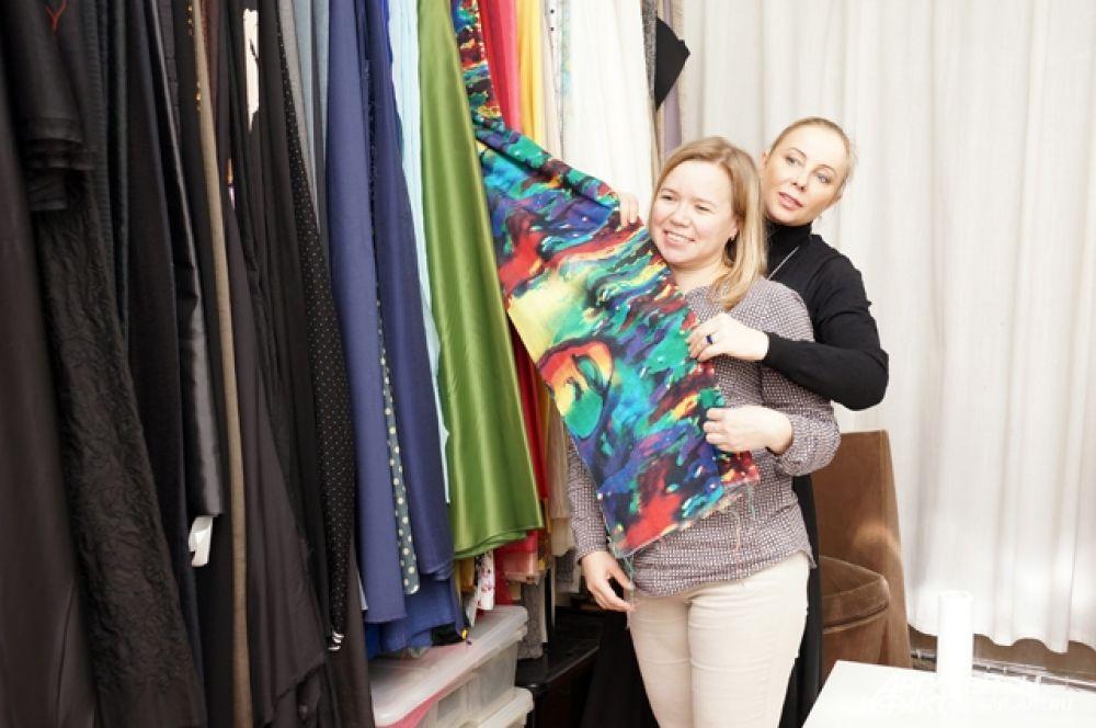 С выбором наряда Галине помогла дизайнер Полина Раудсон.