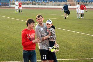 Старожил команды Сергей Правкин остается в команде как минимум еще на сезон.