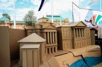 Картонные мини-дома в рамках фестиваля полюбились иркутянам.