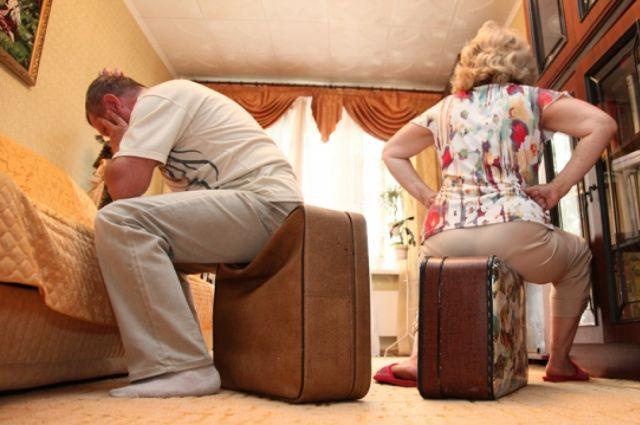 В Приангарье создан прецедент выселения из жилья за долги.