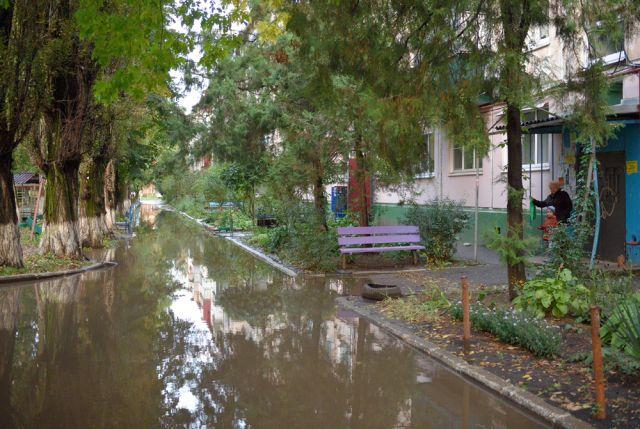 Не рассчитано! Почему тюменские ливневки не справляются с дождями