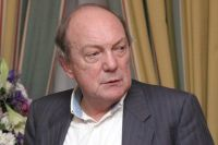 Анатолий Гладилин.