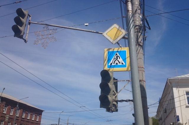 Зелёный сигнал светофора для некоторых потоков автомобилей будет гореть дольше.