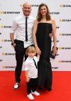 Актриса Марьяна Спивак, сыгравшая главную роль в фильме Андрея Звягинцева «Нелюбовь», с супругом и сыном Гришей.
