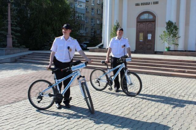 1-ый в РФ полицейский велопатруль заступил надежурство вКрасноярске