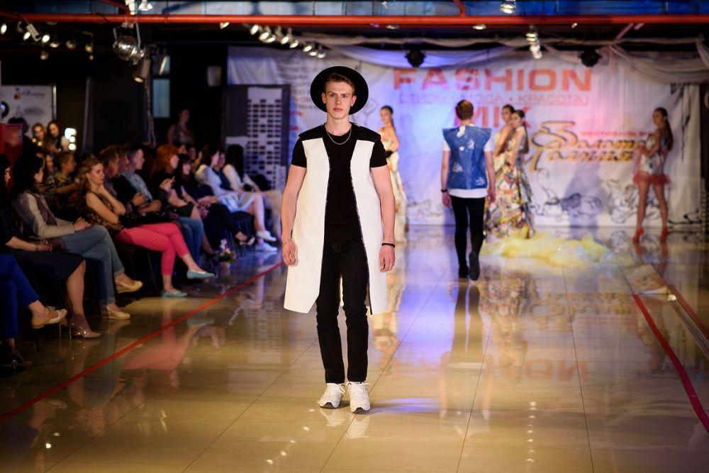 В донской столице состоялось яркое модное событие – 24-й фестиваль «Золотая молния».