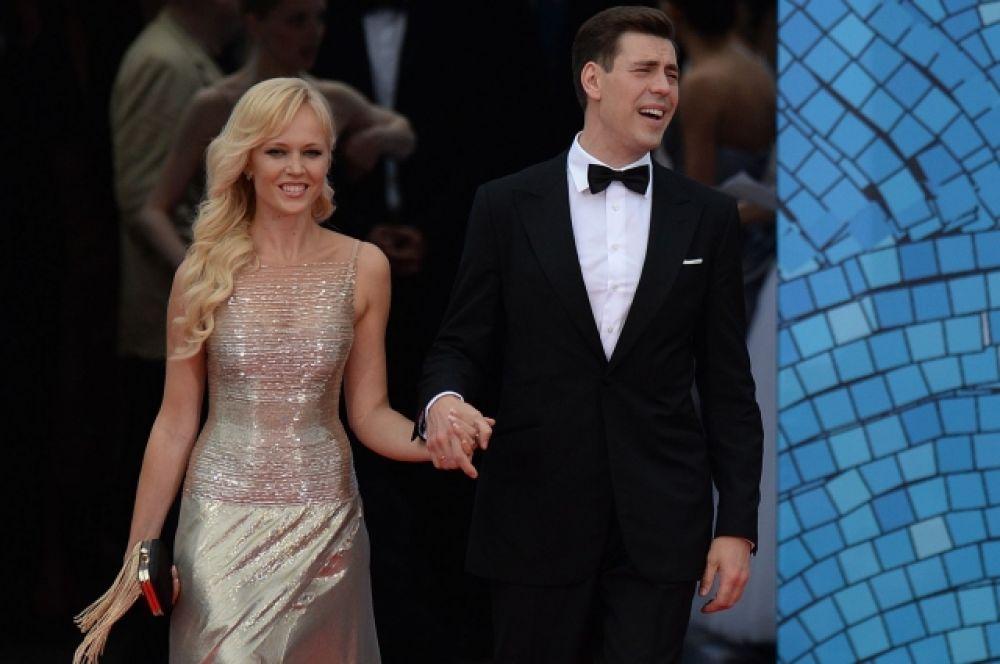 Дмитрий Дюжев - частый гость «Кинотавра» - со своей женой Татьяной.