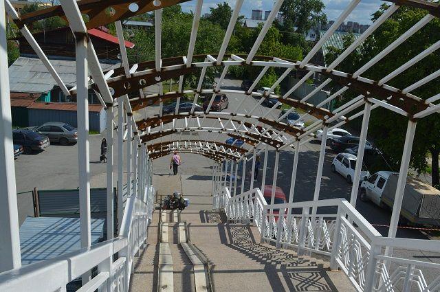 Обновленный мост Влюбленных тюменцы увидят в день города