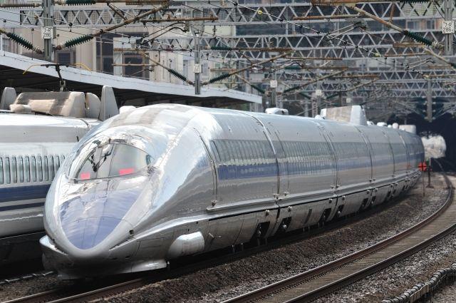 РФ и Китай планируют выпустить высокоскоростной грузовой поезд в 2019 году