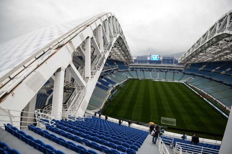 Стадион «Фишт» в Сочи после зимних Олимпийских игр 2014 года находился на реконструкции, и первый футбольный матч принял только в марте 2017 года.