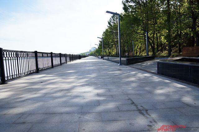 На отремонтированной части набережной всё лето будут идти культурные мероприятия.